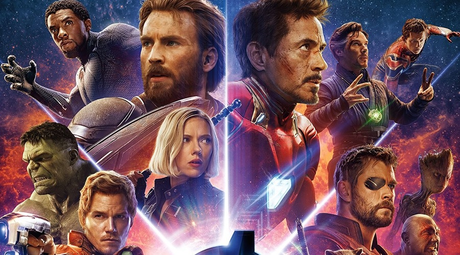 The first reaction to the first 30 minutes of Avengers: Infinity War has arrived along with the movie's opening weekend projection and IMAX poster!