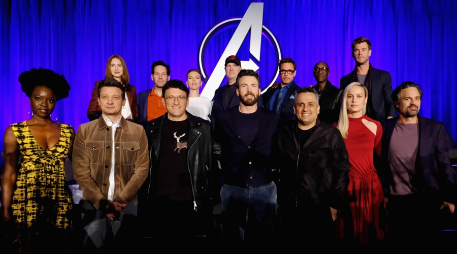 Russo Brothers with their Avengers: Endgame cast and Kevin Feige